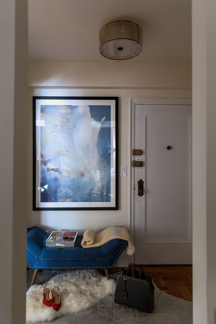 4 Decorating Ideas For A Small Apartment Entryway New