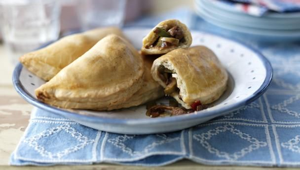 These Argentinian stuffed pastries are packed full of flavour, and make a great addition to your lunchbox.