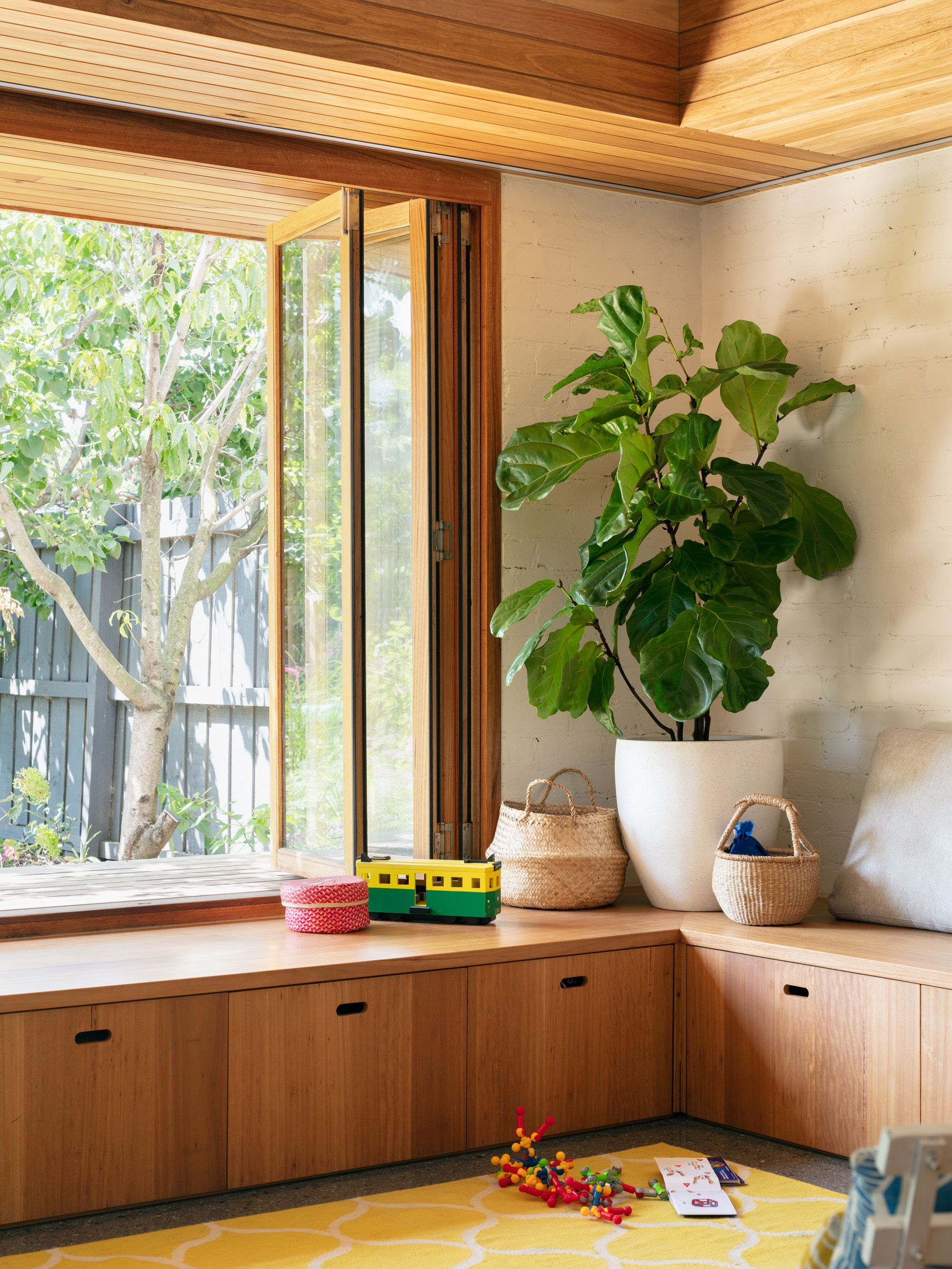 Photo 5 Of 19 In A Welcoming Family Home Radiates Out To The In 2020 Sustainable Home Street House Melbourne House