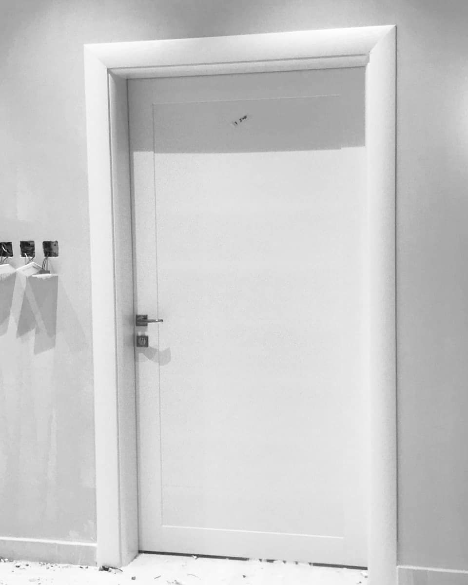 نمار لابوابwpc في معارضنا تجد نماذج من الابواب المختلفة التي تتناسب مع احتياجاتك زورونا نعطيكم خبرتنا Bathroom Medicine Cabinet Medicine Cabinet Bathroom