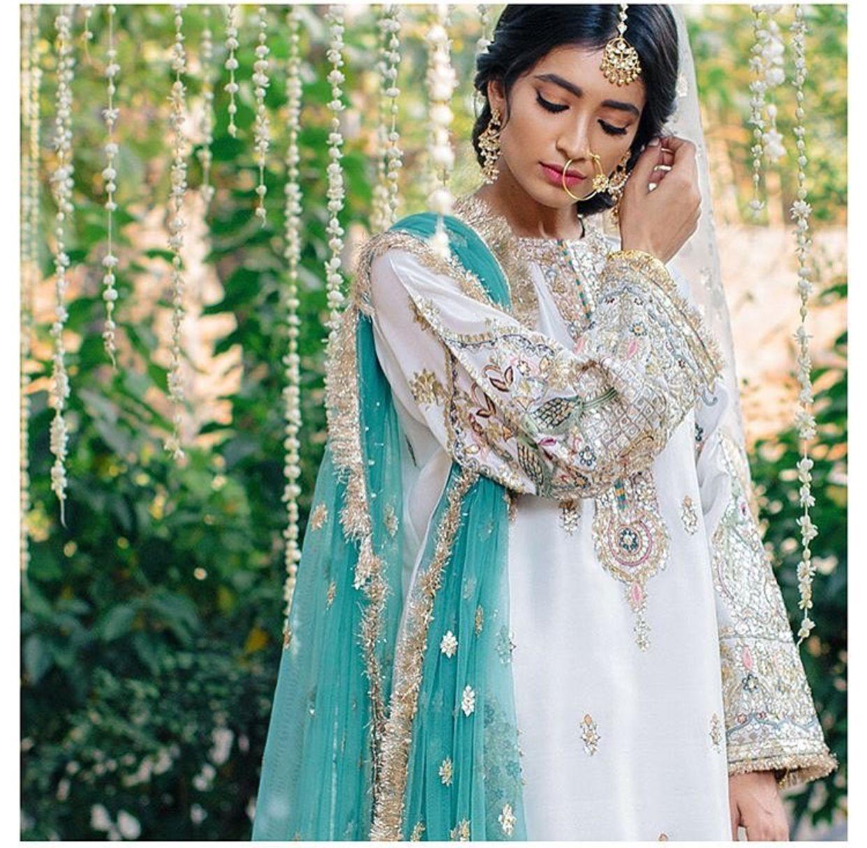 Sari wedding dress  Pin by Fatima Tremasi on Womenus Pakistani Wear  Pinterest  Asian