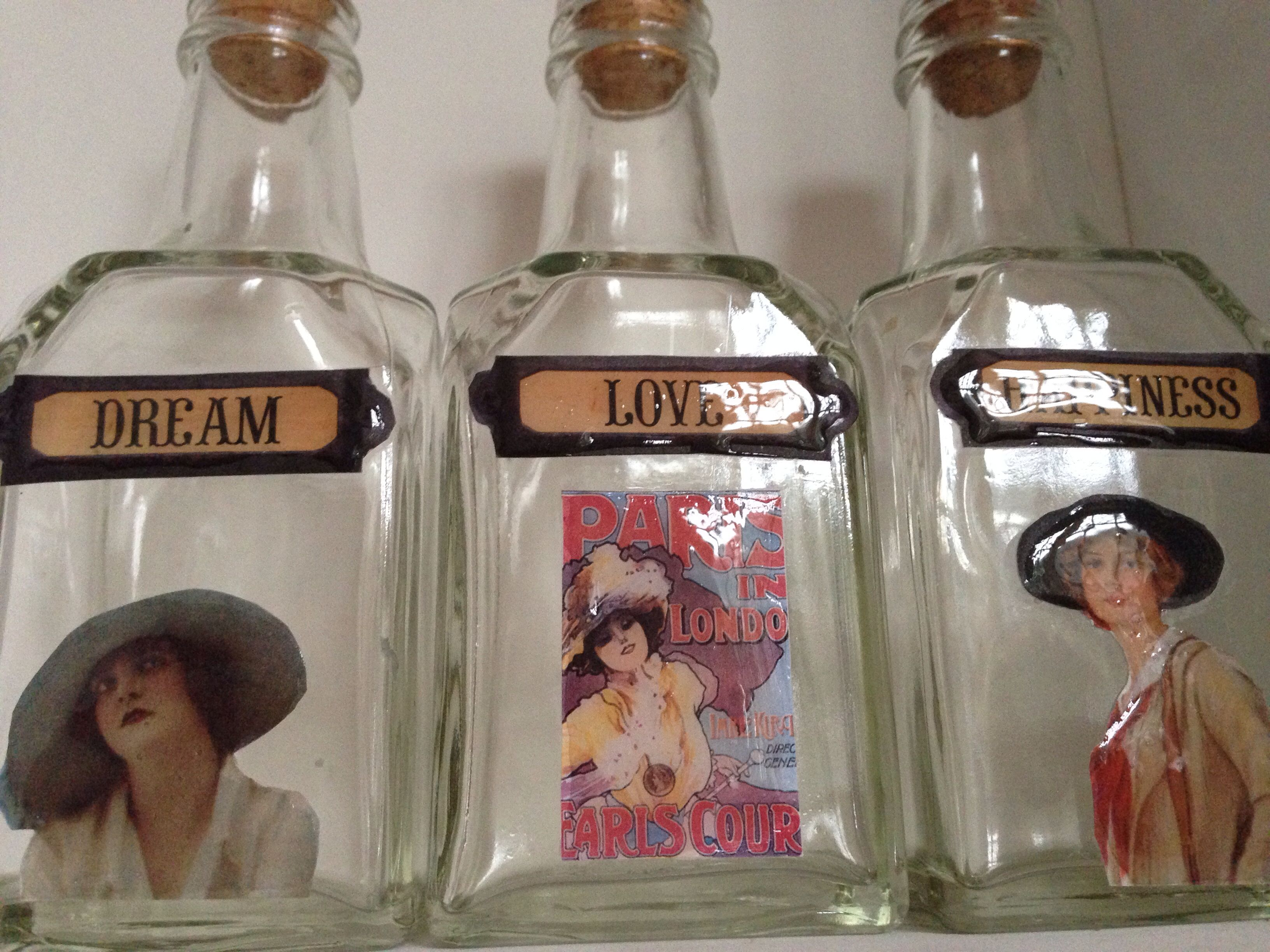 Perfumeros con decoupage