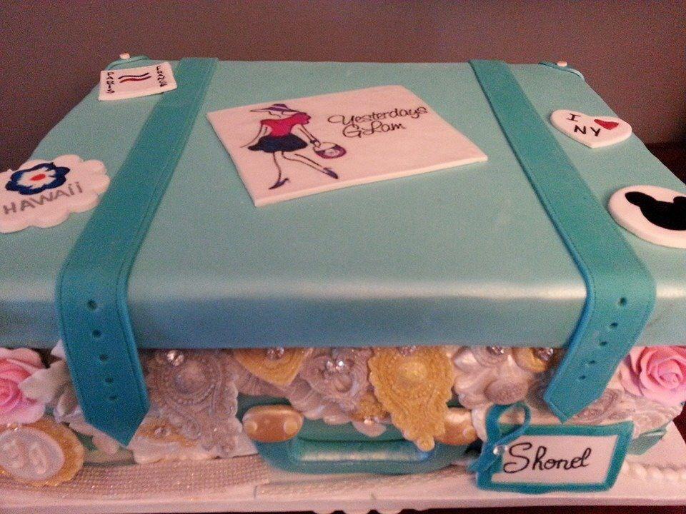 Vintage Suitcase Birthday Cake My Cakes Pinterest Cake