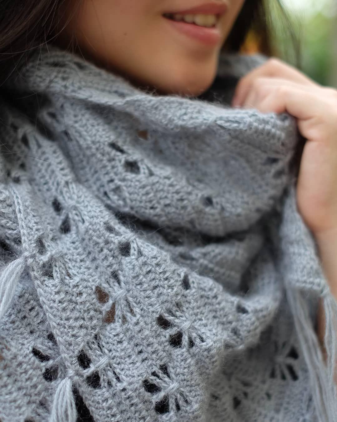 Motif Tricote Que Tout Le Monde Devrait Apprendre Crochetbeja Welcome To Blog Crochet Clothes Crochet Shawl Pattern Free Shawl Crochet Pattern