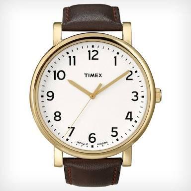時計を買う。