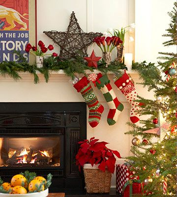 festive mantel - Decorating Your Mantel For Christmas