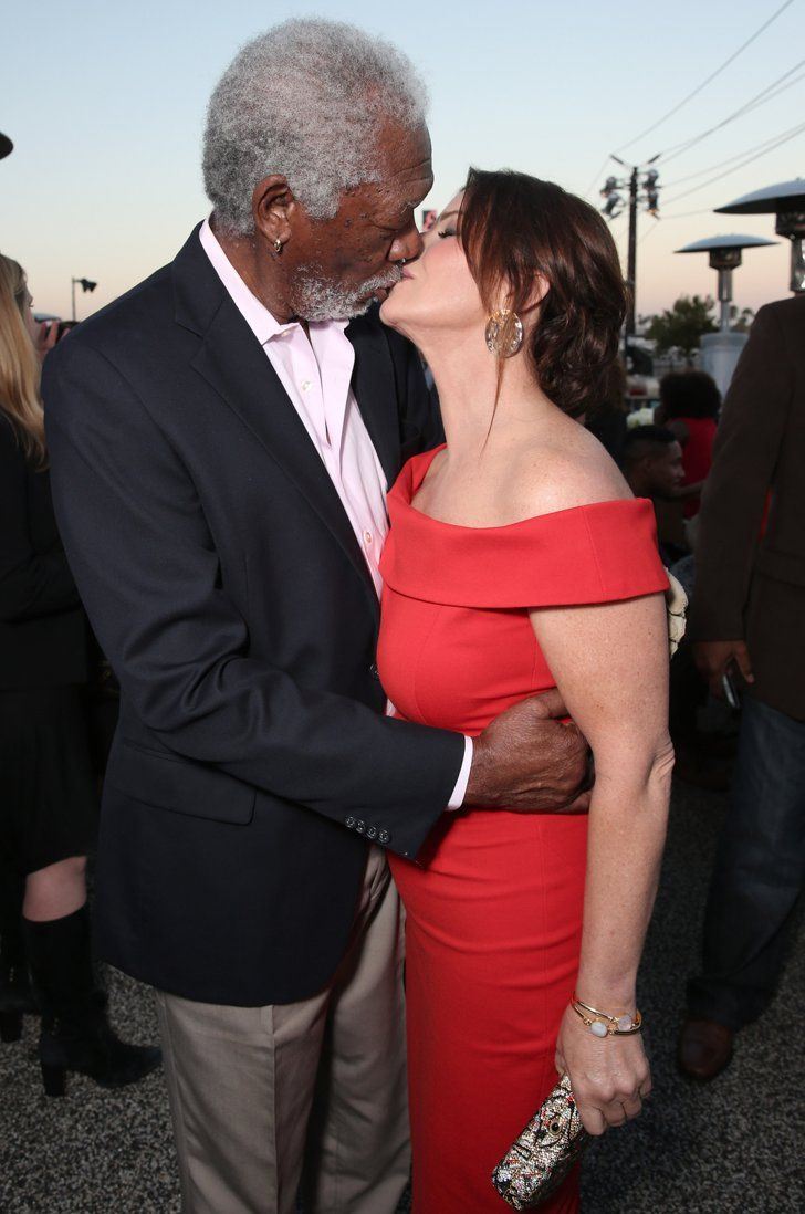 kissing couples Ugly gay