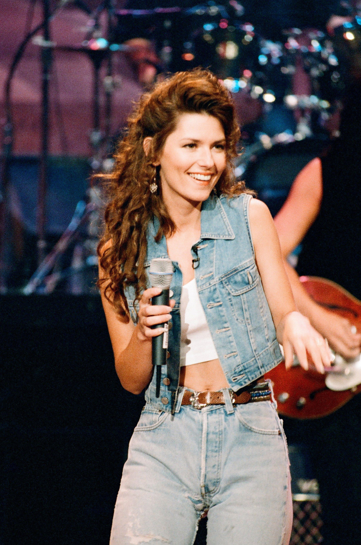 04-shania-hbd.jpg 1989×3000 pixels  sc 1 st  Pinterest & 04-shania-hbd.jpg 1989×3000 pixels | Cowgirls/Countrygirls ...