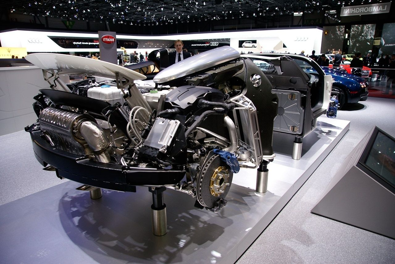 Is the Bugatti Veyron composed of 4 base Audi 2.0 engines