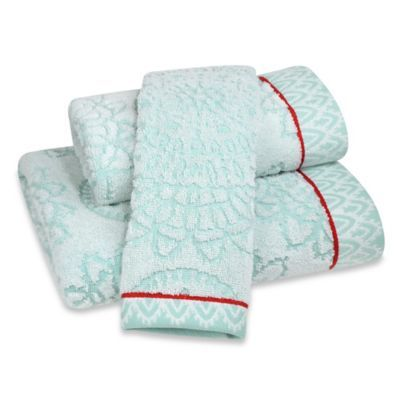 Anthologyâ ¢ Bungalow Bath Towel Collection