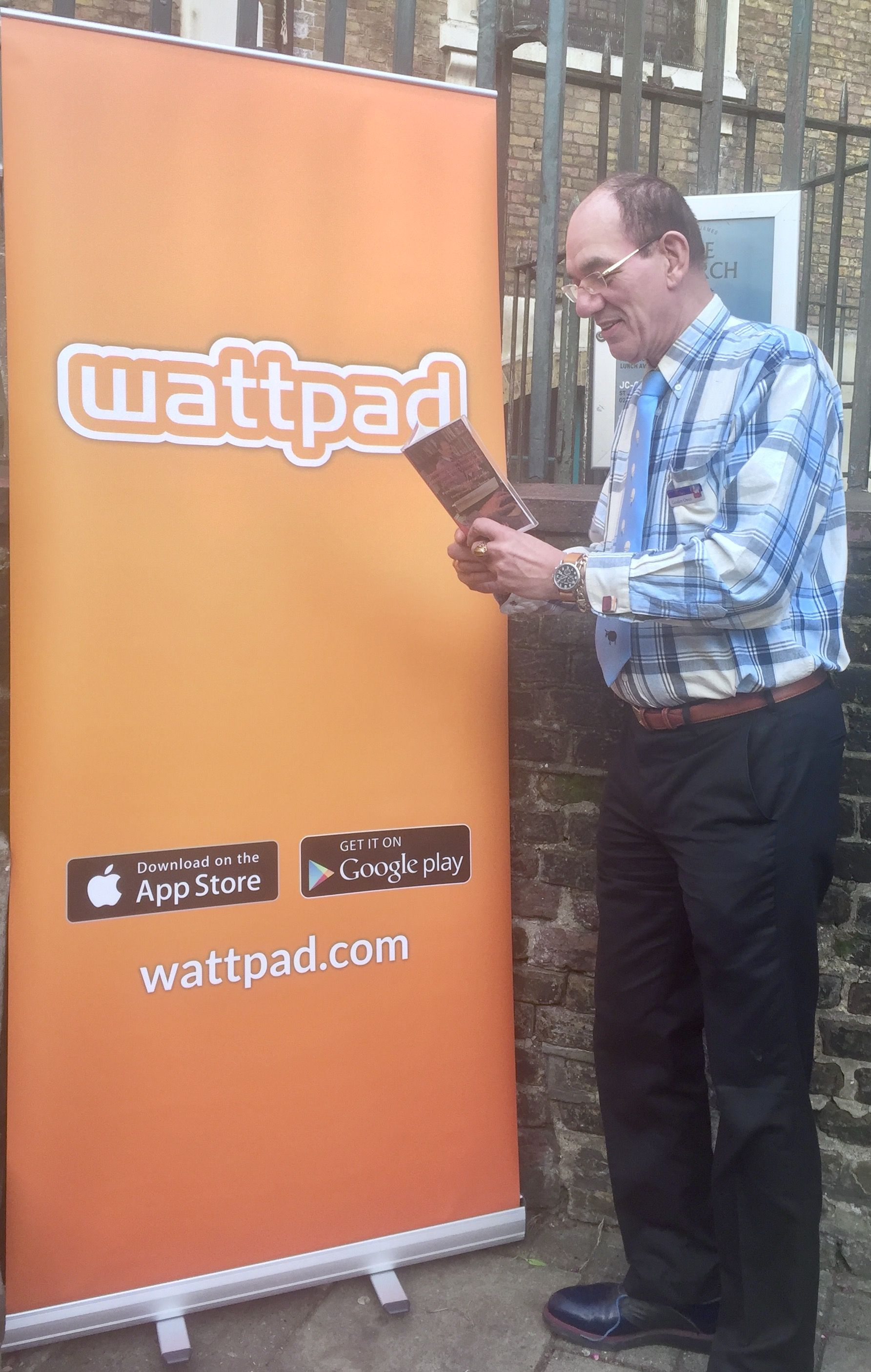 Wattpad LonCon 2016 The Crypt on the Green, St James