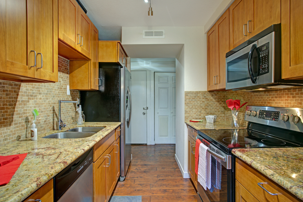 Temporary Kitchen Decorating Ideas to Spruce Up Your ...