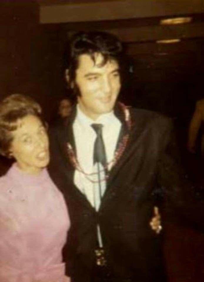 Pin by Melissa Kunaschk on 1970 1972 & Jumpsuits Elvis