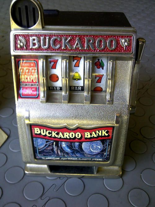 Slot Machine Shaped Piggy Bank