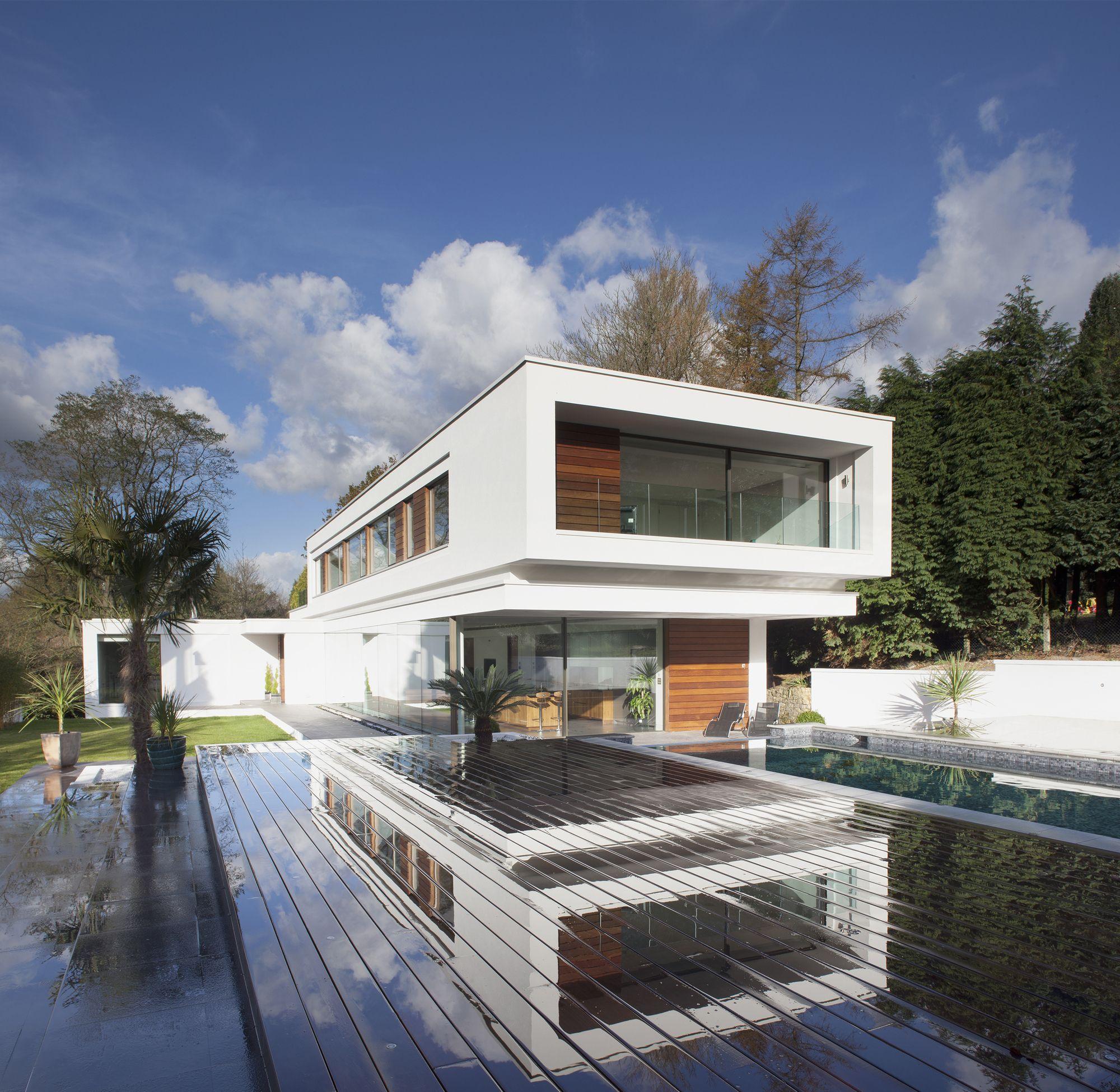 White lodge dyergrimes architects arquitectura for Diseno exterior casa contemporanea