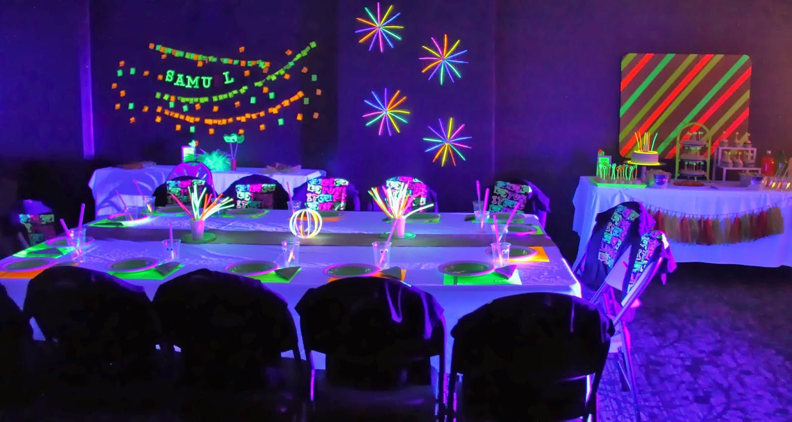 Impress Your Guests With Cool Party Themes Home Party Ideas Neon Birthday Neon Birthday Party Glow Party