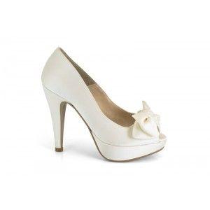 12580-013G raso napoles natural. Zapato de novia de la marca Ángel Alarcón