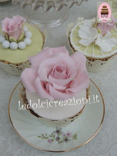 Cupcakes Matrimonio Book Cupcake Richiedi Preventivo Cupcakes Matrimonio Cakes Cupcakes