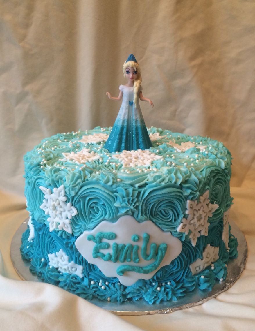 Sensational Blue Ombre Buttercream Rosettes With Fondant Snowflakes Frozen Personalised Birthday Cards Epsylily Jamesorg