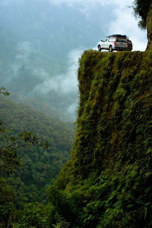 'Look Away Now' Knee Trembling Footage On The World's #Deadliest Road! Hit the pic to watch. 'We dare you!'