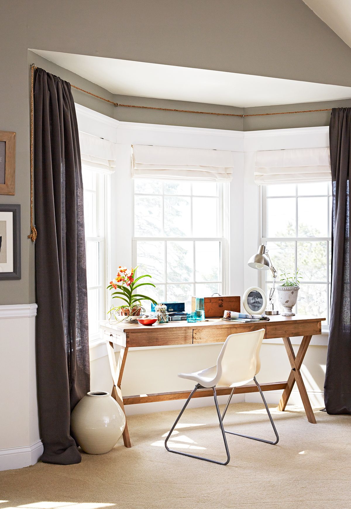 12 Stunning Bay Window Treatments You Need To See Bay Window