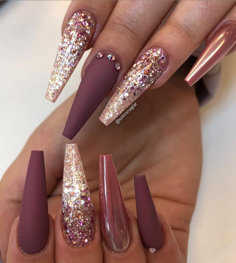 46 Elegant Acrylic Ombre Burgundy Coffin Nails Design For Short And Long Nails Mauve Nails Gold Acrylic Nails Burgundy Nails