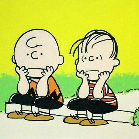 Sabe na vida, quando você não encontra motivos pra sorrir??!! #snoopy #charliebrown #linus #life #peanuts