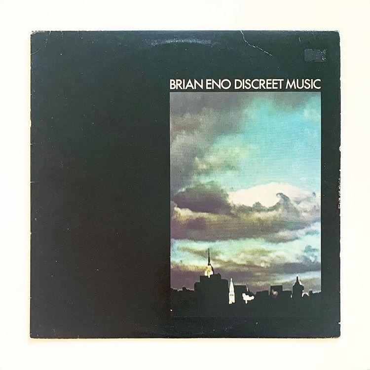 Brian Eno Discreet Music 1975 Editions E G 83 Reissue U S A In 2020 Album Art Music Art