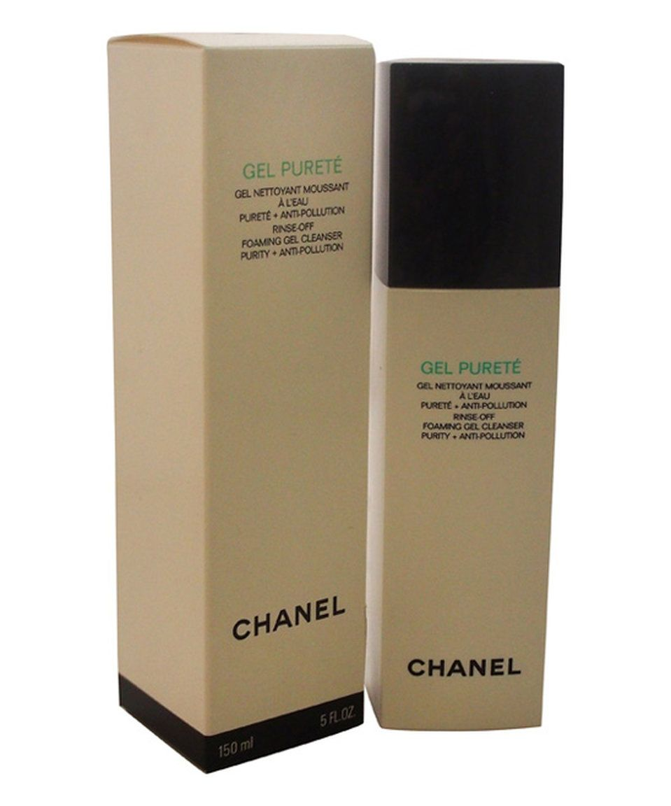 Revitalize oily skin and maintain a natural balance with this potent yet  gentle gel cleanser. 3b1e3b51644f