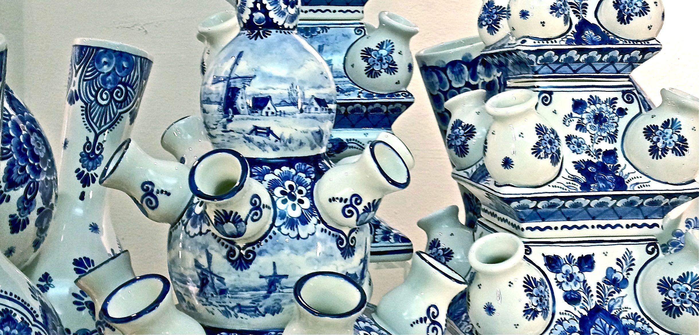 Blue and white pottery - Blue Delft Pottery