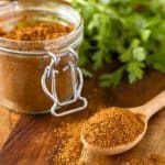 Homemade Taco Seasoning Mix -- make your own all purpose taco meat seasoning and you'll never go back to the icky processed store bought version again... Easy, less expensive, preservative-free and Whole30 approved! | taco seasoning recipe | diy taco seasoning | whole30 taco seasoning | beef taco seasoning | chicken taco seasoning | find the recipe on unsophisticook.com #whole30recipes #tacotuesday #tacoseasoning #homemade #diytacoseasoning Homemade Taco Seasoning Mix -- make your own all purp #diytacoseasoning
