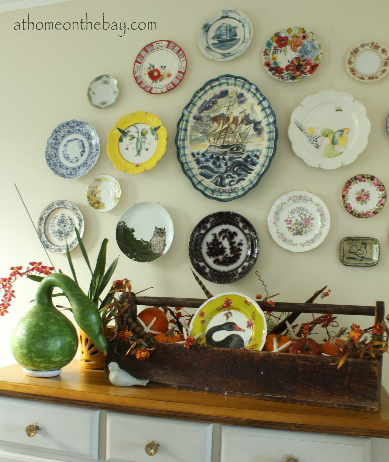 Superior Lovely Plate Wall {At Home On The Bay}   See Post For More Dining Nice Design