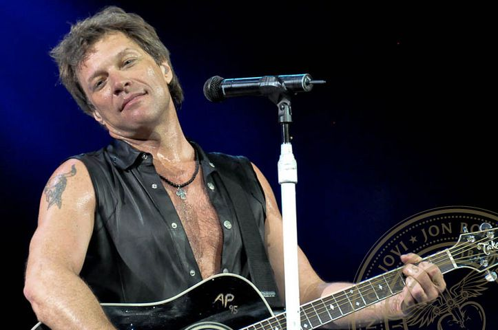 Love all things Jon Bon Jovi. Pic credit: Backstage JBJ. 5/22/11 St Louis, MO