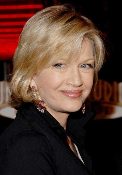 Medium Length Hairstyles For Women Over 50 Diane Sawyer S Layered Medium Length Hairstyles For Medium Length Hair Styles Womens Hairstyles Medium Hair Styles