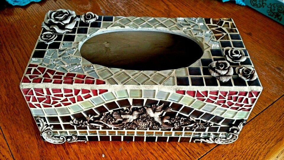 tissue box holder mosa que pinterest mosaique miroir mosaique et miroirs. Black Bedroom Furniture Sets. Home Design Ideas