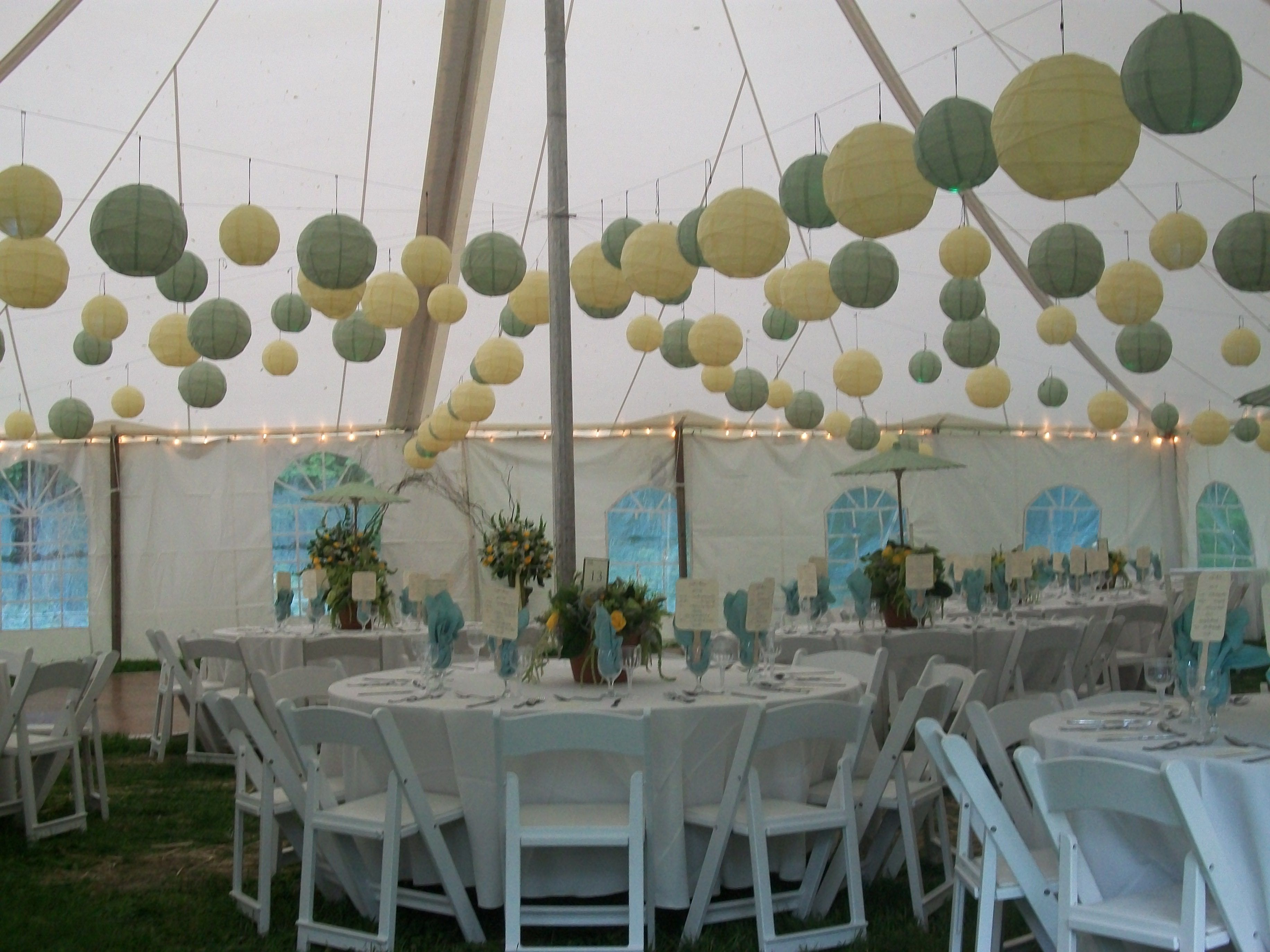 How To Hang Paper Lanterns In Tent Paper Lanterns Hanging Lanterns Party Venues