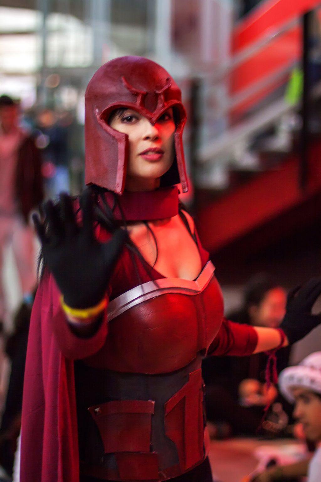 Magneto Genderbend Cosplay - X-Men First Class   Cosplay ...