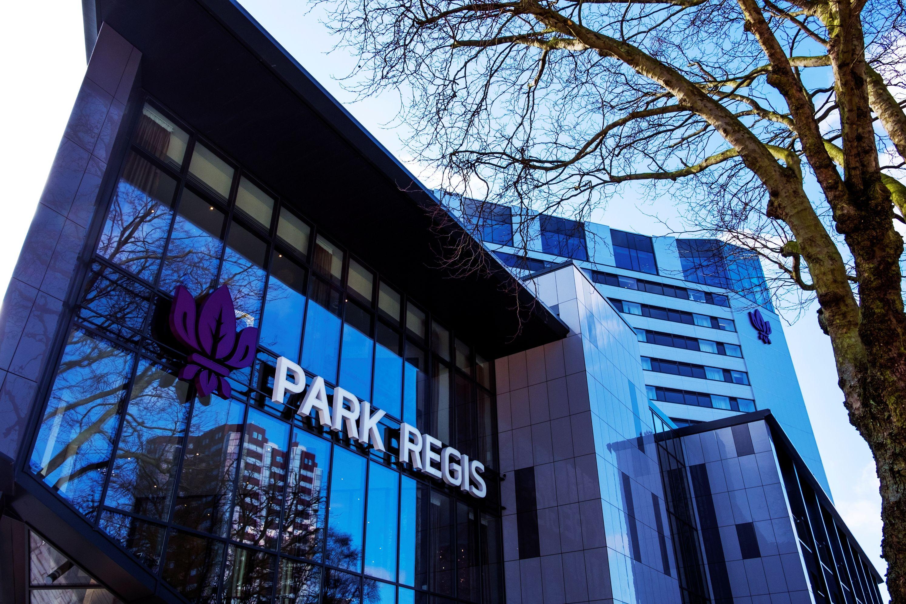 Park Regis Hotel, Birmingham Featuring Comar Aluminium 6EFT Curtain ...