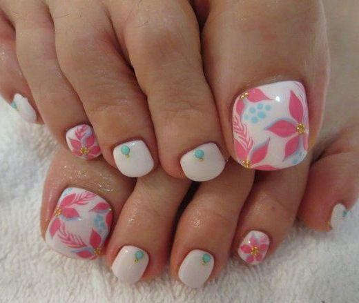 decoracion de uñas para pies   Uñas de los pies de flores ...