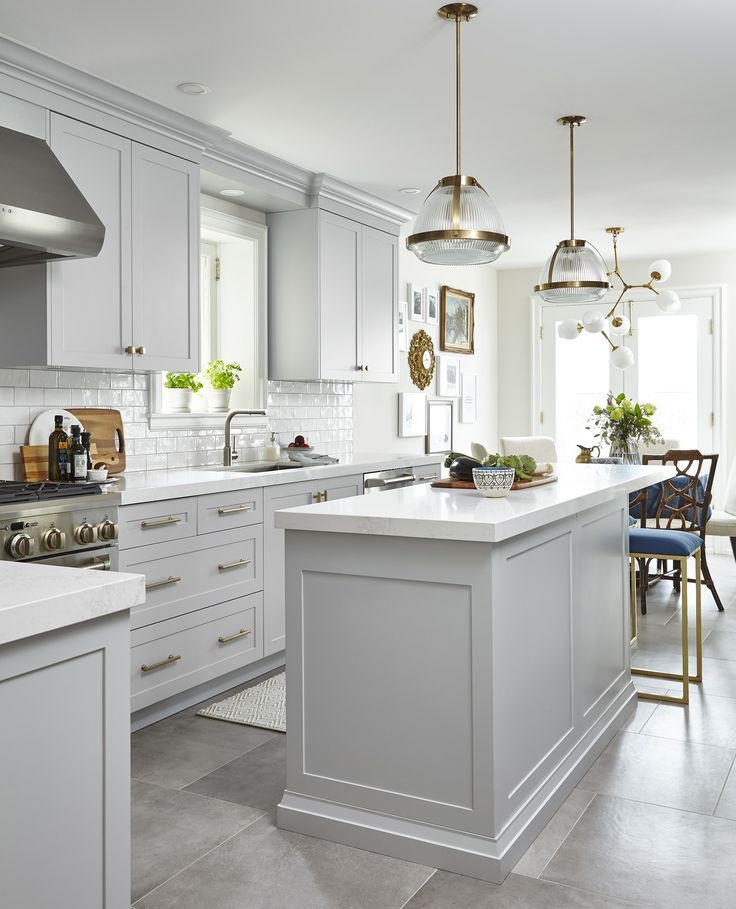 13 Gorgeous Grey & White Kitchen Designs