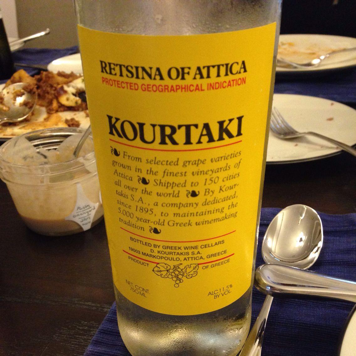 Greek Wine Cellars Gwc Kourtaki Retsina Of Attica Central