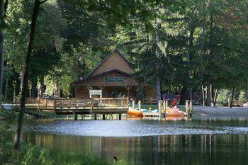 Lakeside Cabins Resort Michigan Vacations Lakeside Cabin Three