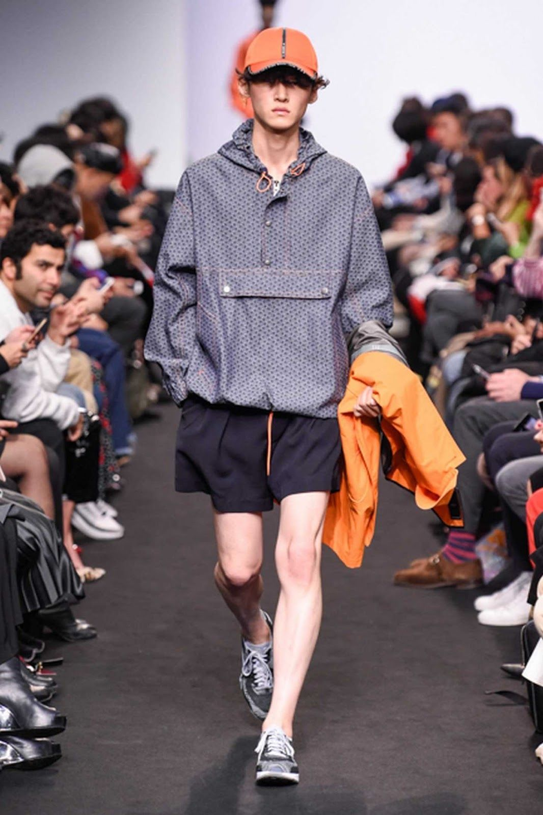 Male Fashion Trends  MÜNN Spring-Summer 2018 - Seoul Fashion Week a1b8eb635bb