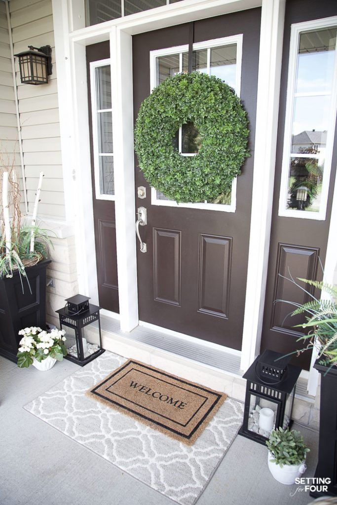Easy affordable front porch rug ideas. See how layering your front door rugs is a beautiful way to update your home! #ad #KohlsHomeSale #KohlsFinds #bedding #rug #decor #refresh #decorideas