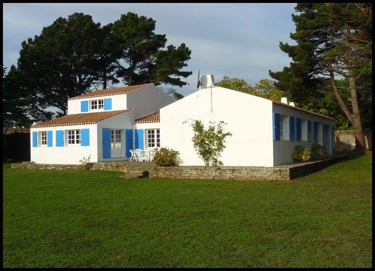 Villa La F Nouil Ile D Yeu En Location De Vacances Avec Http Www Vacances De Reve Net Calendar Iledyeu Html Ile Yeu Ile Francaise Villa