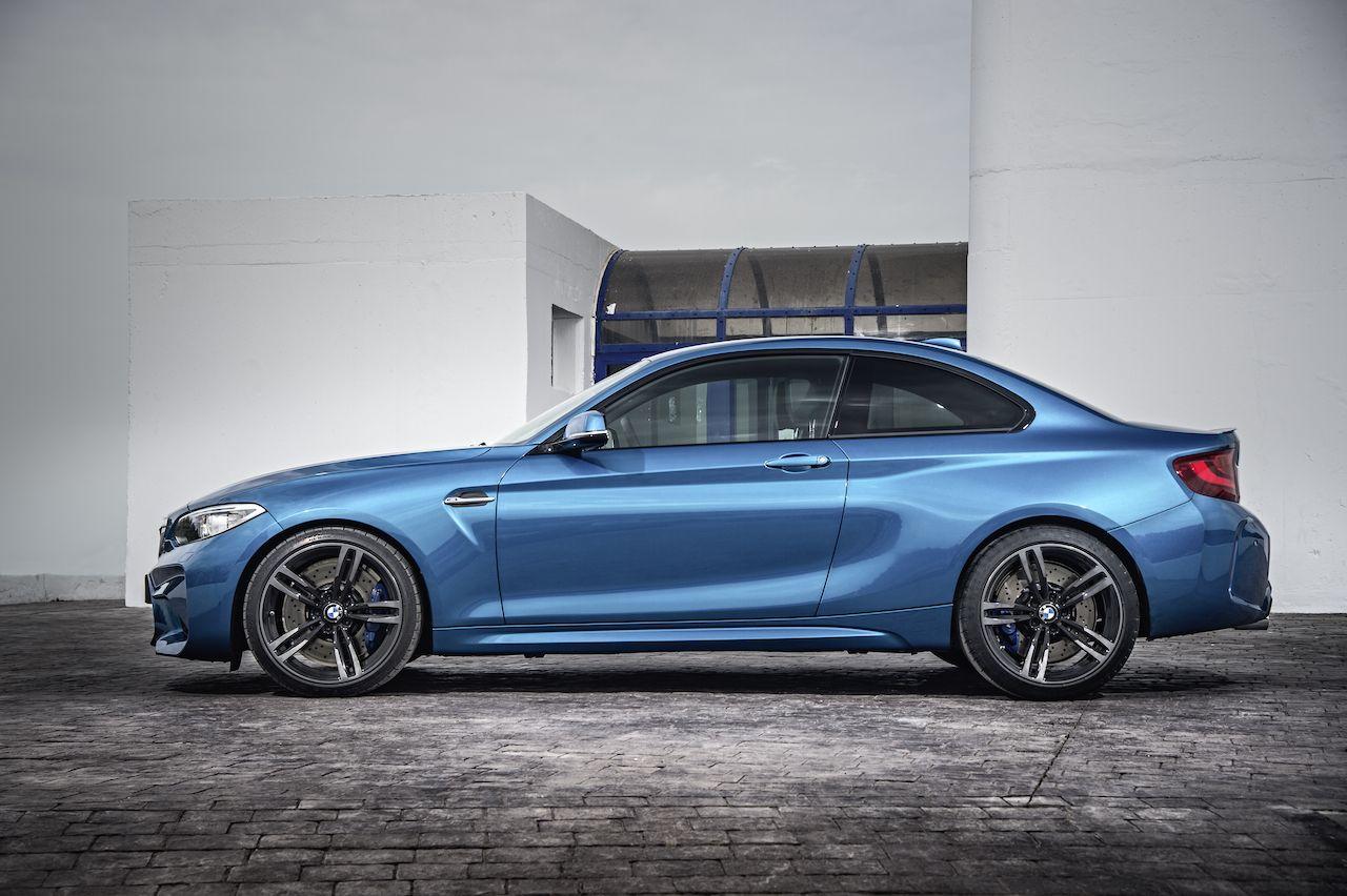 The ///M2, dressed in Long Beach Blue Metallic | BMW | Bmw ...