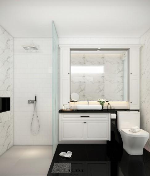 Small Bathroom With Large Mirror Bathroom Bathroomideas Smallbathroomideas Bathroomdesign Bathroomde Kamar Mandi Mewah Gaya Kamar Mandi Desain Kamar Mandi