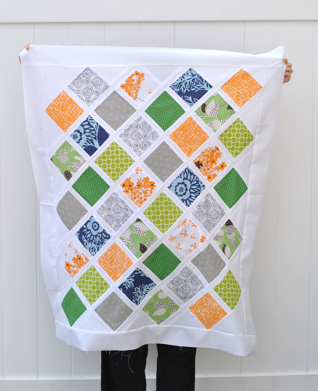 Jungle Lattice: Free Baby Quilt Pattern   Craft Buds   sewing ... : baby quilt pattern - Adamdwight.com