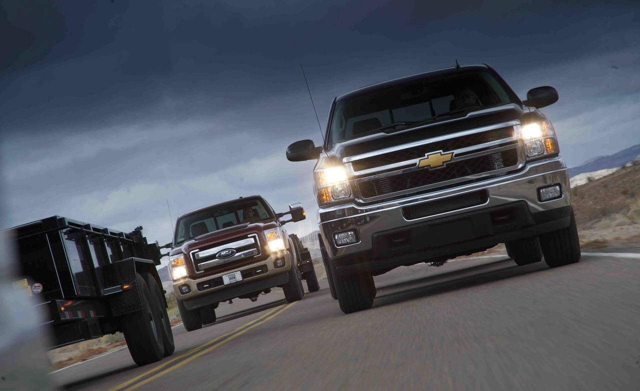 2012 Ford F 250 Super Duty 4x4 Crew Cab And 2012 Chevy Silverado 2500 Crew Cab Chevrolet Trucks Chevy Chevrolet