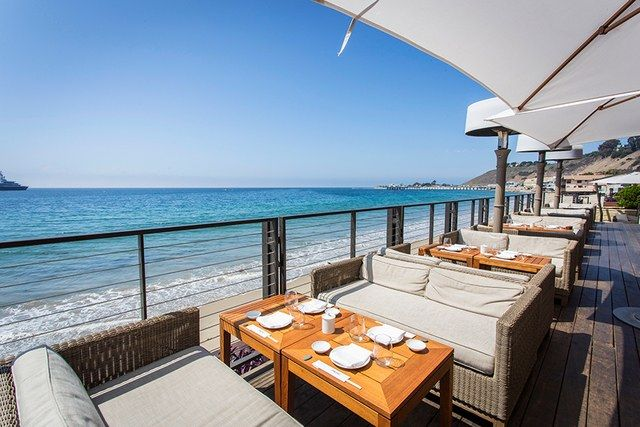 The World S 16 Most Spectacular Waterfront Restaurants Ocean View Restaurant Waterfront Restaurant Malibu Restaurants